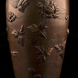 回流,高浮雕花鸟大铜瓶 压轴