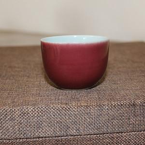 清雍正祭红卧足杯