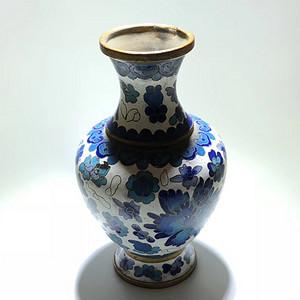 回流 清晚期 掐丝珐琅 铜胎 赏瓶 手工制作 工艺不错