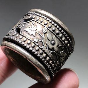 清晚期 银制 花开富贵 活环 扳指手工制作 包浆老厚 工艺精美