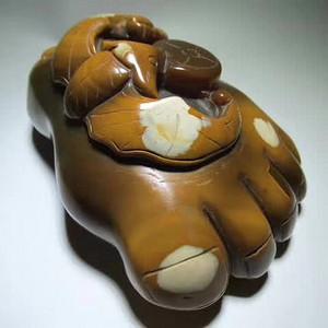 精品 民国时期 上等江河玛瑙油黄籽料 俏色巧雕 祝福 足蝠