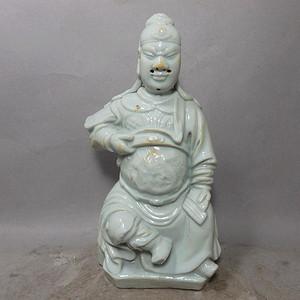 清代德化窑武财神塑像