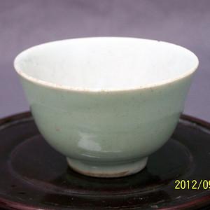 联盟 清代乾隆豆青釉杯子