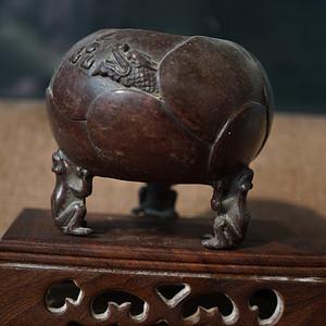 旧铜小香炉