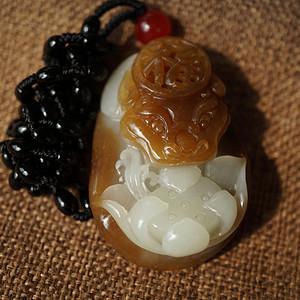 和田一级糖白玉巧雕花开富贵   带和田玉国检证书