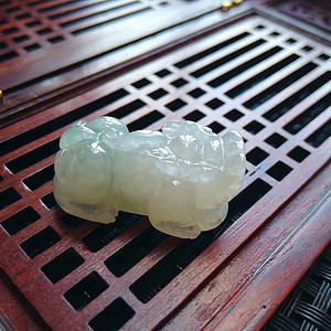 冰种绿貔貅吊坠