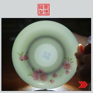 景德镇文革老厂货瓷器 精品收藏 �{白泥�{白釉手绘水点桃花盘