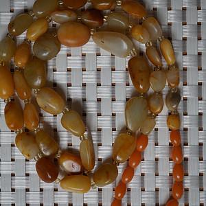 50克和田黄沁籽料原石项链