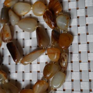 59克和田黄沁籽料原石项链