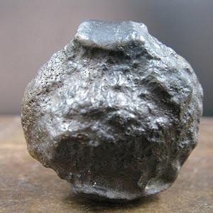 南丹 陨石