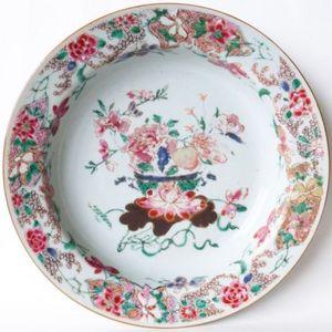 雍正粉彩花卉盘