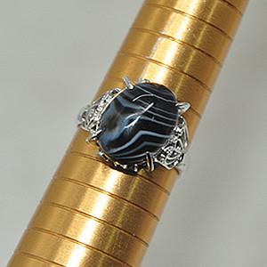 3.5克镶玛瑙戒指
