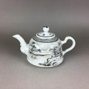 民国雪景茶壶