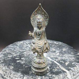 老青铜佛造像