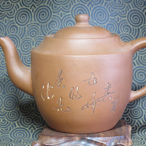 精品   60年代钦州清水泥壶