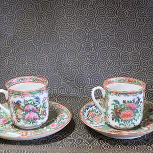 晚期合家欢花鸟人物粉彩杯碟两套 2