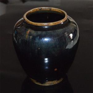 明 黑釉罐