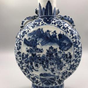 清代中期精品 青花三国故事抱月瓶