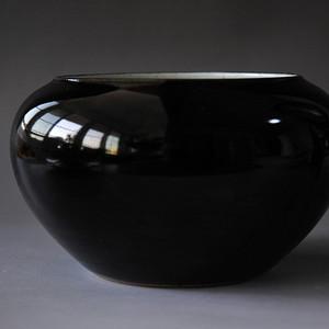 清中期乌金釉钵