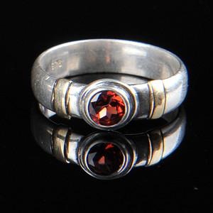 欧美回流 漂亮老纯银镶石榴石戒指