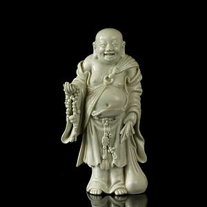 38清早期德化窑白釉布依和尚瓷像