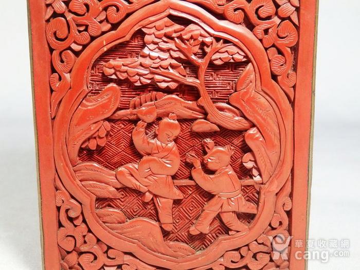 清代锡红人物雕刻四方盖盒图7