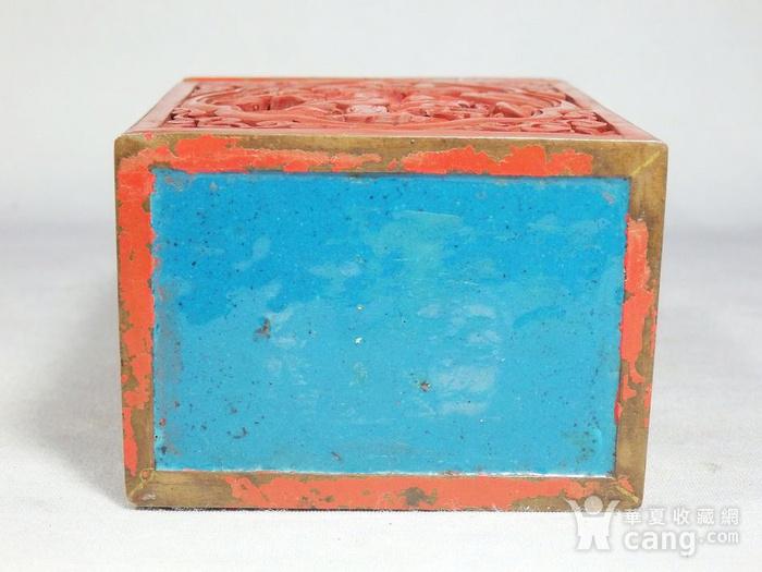 清代锡红人物雕刻四方盖盒图9