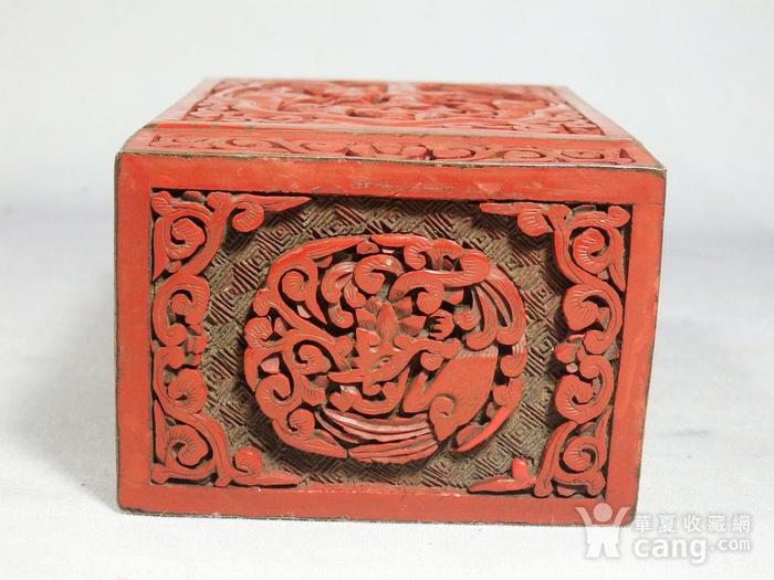 清代锡红人物雕刻四方盖盒图8