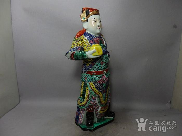 清代粉彩武将军塑像图3