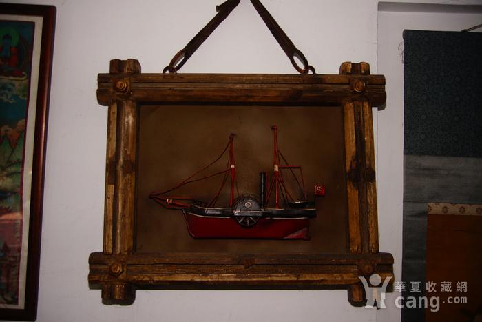 欧洲十八世纪的汽船模型木框金属材质 少见品牛皮带图5