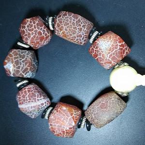 玛瑙大珠子一串