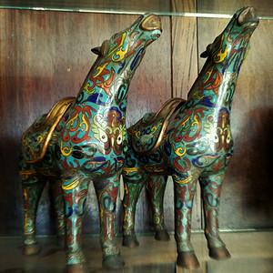 金牌 欧美回流   一对精美的出口创汇时期景泰蓝铜胎马