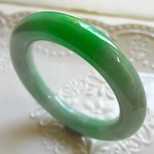 A货翡翠冰糯种圆条手镯86.85g