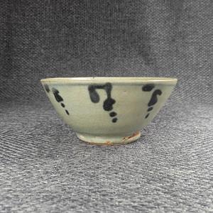 金牌 明 青花花卉纹茶碗
