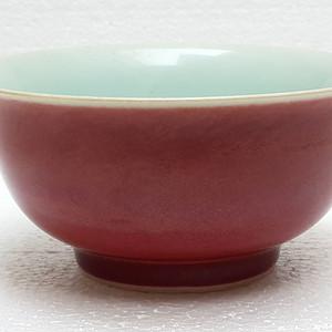 1  御膳房青花款珊瑚红宫碗