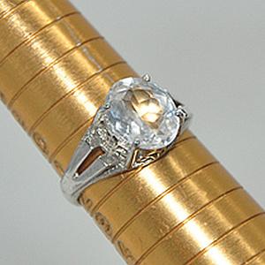 2.9克镶水晶戒指
