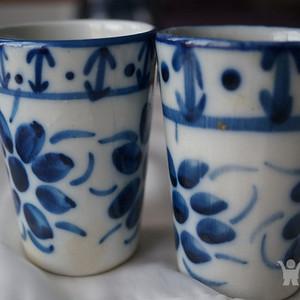 巴西手绘青花杯子两个