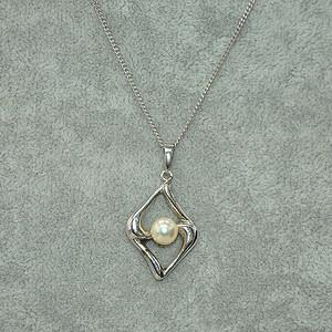 3.8克镶珍珠吊坠项链