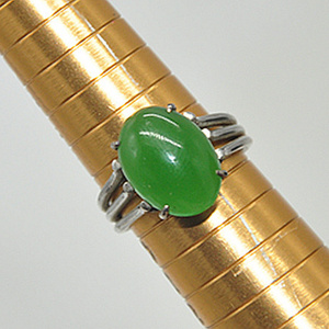 3.8克镶 玛瑙戒指