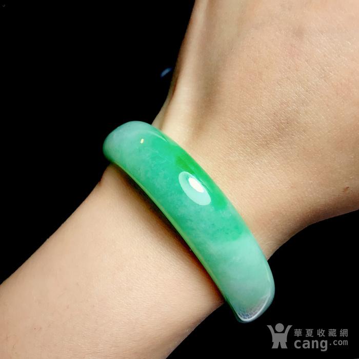 压轴完美正阳绿手镯!天然缅甸A货翡翠老坑冰润飘阳绿贵妃镯翠镯图2