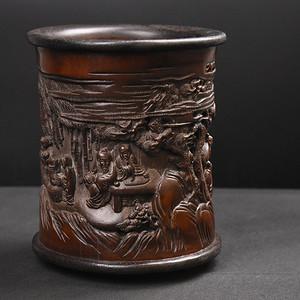 联盟 旧藏襄红木底口竹雕镂空笔筒