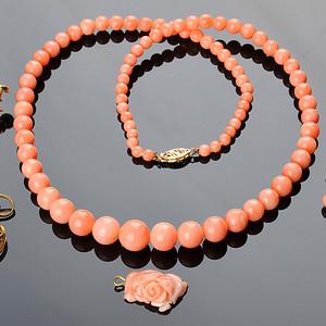 欧美回流 漂亮天然孩儿面珊瑚项链, 耳坠及吊坠