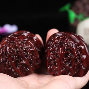 联盟 印度小叶紫檀鸡血红顺纹高油密手工雕核桃保健球一对
