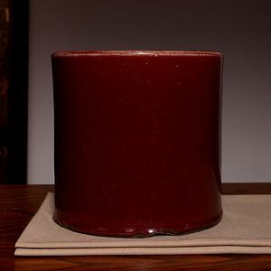 藏海淘 旧单色釉红笔筒 C204