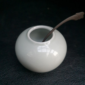 民国粉青釉水芋