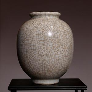 藏海淘 哥窑白瓷罐 C210