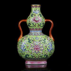 38清粉彩缠枝牡丹纹绶带葫芦瓶