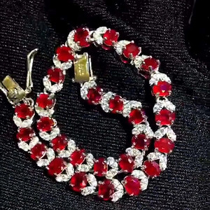 天然缅甸无烧红宝石手链假一赔万送国检证书