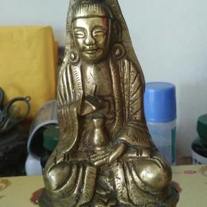 清代黄靓的风帽观音老铜造像