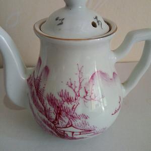 联盟 民国:矾红山水小茶壶